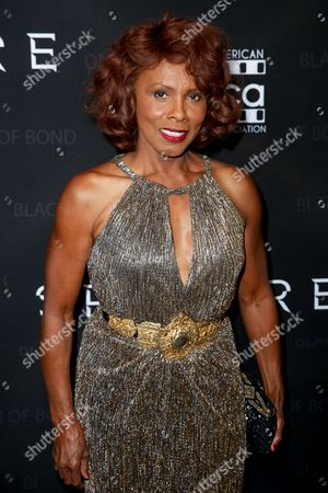 "Gloria Hendry arrives at ""Spectre"" - The Black Women Of Bond Tribute at the California African American Museum, in Los Angeles"