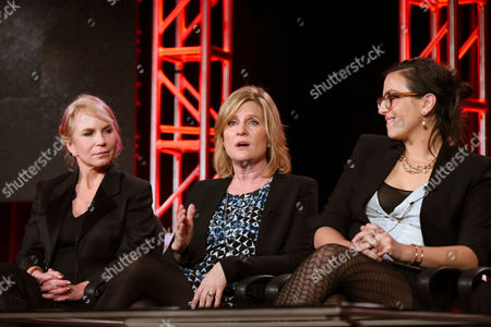 Co creator/executive producer Marti Noxon, from left, executive producer Carol Barbee, and co-creator /executive producer Sarah Gertrude Shapiro appear during the 'UnREAL' panel at the Lifetime 2016 Winter TCA, in Pasadena, Calif