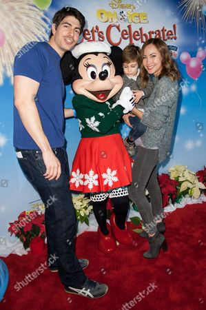 Brandon Routh, and Courtney Ford with son Leo James Routh attend the Disney On Ice Presents Let's Celebrate!, in Los Angeles