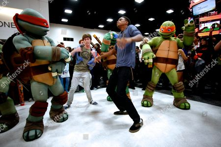 Actors Noah Crawford and Chris O'Neal attends Nickelodeon during Comic-Con, in San Diego, Calif