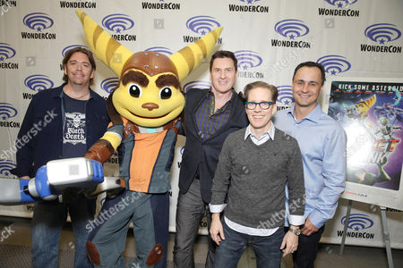 """Director/Writer/Executive Producer Kevin Munroe, Ratchet, David Kaye, James Arnold Taylor and Producer Brad Foxhoven seen at Gramercy Pictures """"Ratchet & Clank"""" Wondercon Presentation at Los Angeles Convention Center, in Los Angeles, CA"""