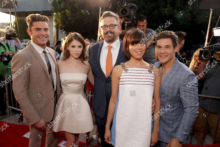 "Zac Efron, Anna Kendrick, Director Jake Szymanski, Aubrey Plaza and Adam Devine seen at Twentieth Century Fox ""MIKE AND DAVE NEED WEDDING DATES"" Fan Screening Red Carpet Sponsored by Jim Beam Apple and FIJI Water at Cinerama Dome at ArcLight Hollywood, in Los Angeles"