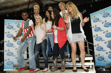 "American Idol"" season 11 contestants, from left, Joshua Ledet, Colton Dixon, Hollie Cavanagh, Jessica Sanchez, Heejun Han, Skylar Laine, Erika Van Pelt, DeAndre Brackensick, and Elise Testone perform at the American Idol Live! Tour press junket on in Los Angeles"