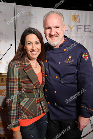 Janet Evans and Chef Art Smith at the second Lyfe Kitchen grand opening celebration on in Culver City, CA