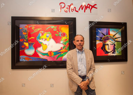 Artist Peter Max during his retrospective with the Road Show Company exhibit at Northbrook Court on Saturdyy, in Northbrook, IL