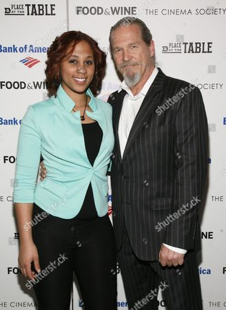 """Stock Picture of Barbie Izquierdo, left, and actor Jeff Bridges, right, attend a screening of """"A Place at the Table"""" presented by Bank of America and The Cinema Society, at the Museum of Modern Art in New York"""
