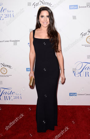 """Caren Brooks arrives at the 19th annual """"Taste For A Cure"""" at the Beverly Wilshire Hotel, in Beverly Hills, Calif"""