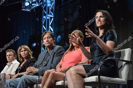 "From left, Christopher Knight, Tracey Gold, Kevin Sorbo, Nicole Eggert, and Pamela Deutsch speak onstage at the ""Heartbreakers"" portion of the Discovery 2014 Summer TCA, in Beverly Hills, Calif"