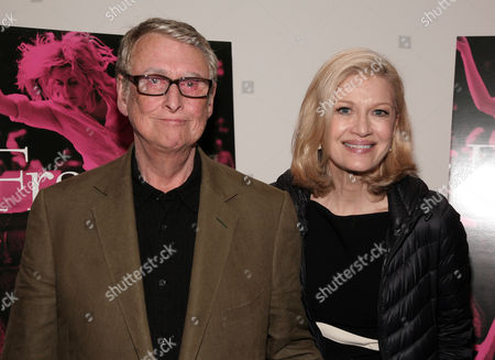 """Director Mike Nichols, left, and his wife, journalist Diane Sawyer, right, attend the premiere of """"Frances Ha"""" on in New York"""