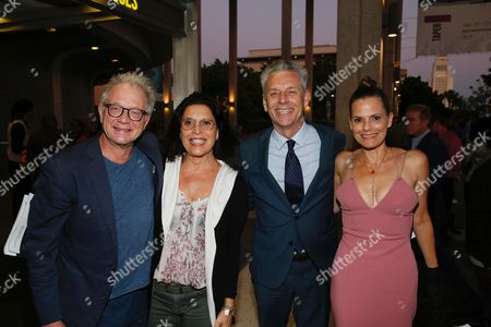 Jeff Perry, Linda Lowy, Michael Ritchie and Suzanne Cryer