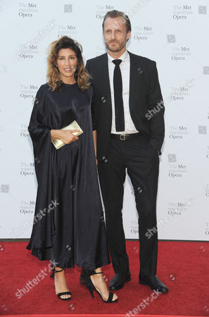 Jennifer Esposito and guest