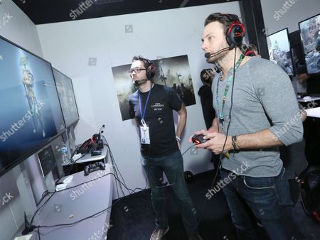 Jonathan Sadowski playing For Honor at Ubisoft E3 2016 - Day 3 at the Los Angeles Convention Center, in Los Angeles