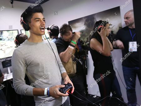 Siva Kaneswaran playing For Honor at Ubisoft E3 2016 - Day 3 at the Los Angeles Convention Center, in Los Angeles