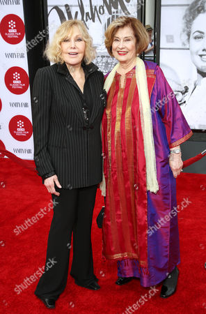 Kim Novak, left, and Diane Baker arrive at 2014 TCM Classic Film Festival's Opening Night Gala at the TCL Chinese Theatre on in Los Angeles