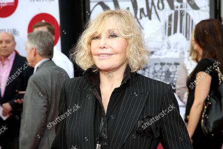 Kim Novak arrives at 2014 TCM Classic Film Festival's Opening Night Gala at the TCL Chinese Theatre on in Los Angeles