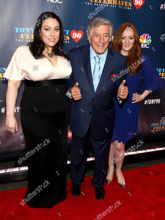 """Joanna Bennett, from left, Tony Bennett and Antonia Bennett attend """"Tony Bennett Celebrates 90: The Best Is Yet to Come"""" at Radio City Music Hall, in New York"""