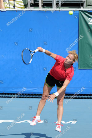 Elizabeth Shue participates in the Chris Evert / Raymond James Pro-Celebrity Tennis Classic at the Delray Tennis Center on in Delray Beach, Florida