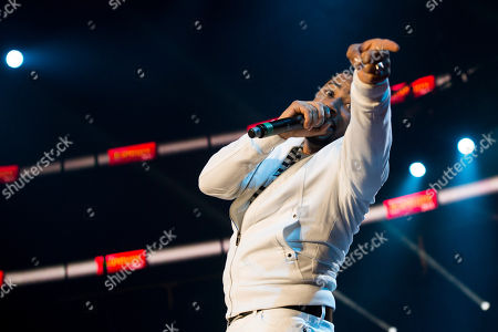 Smokie Norful performs during McDonald's Gospelfest 2013 at the Prudential Center on in Newark, NJ