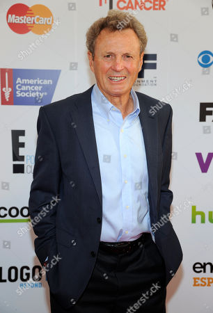 Paul Henderson arrives at the Stand Up 2 Cancer Canada viewing party, in Toronto