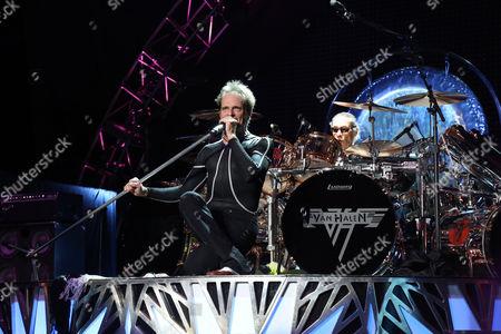 David Lee Roth, left, and Alex Van Halen of Van Halen perform at the Nikon at Jones Beach Theater, in Wantagh, N.Y