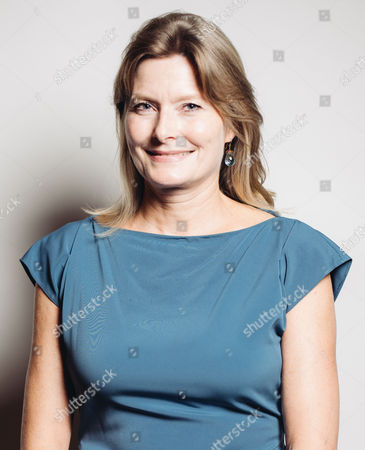 Jennifer Egan poses for a portrait backstage at 26th Annual Literary Awards Festival at the Beverly Wilshire Hotel, in Beverly Hills, Calif