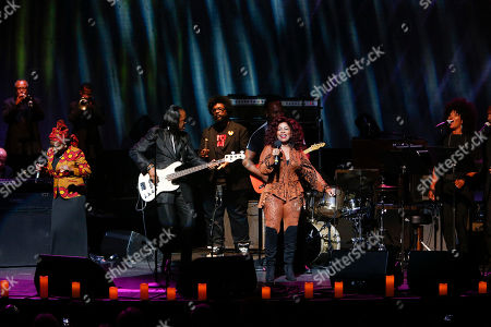 """Musical artist Angelique Kidjo, Verdine White, Quest Love, Ray Parker Jr., and Chaka Khan perform at the 13th annual """"A Great Night in Harlem"""" gala concert, presented by The Jazz Foundation of America to benefit The Jazz Musicians Emergency Fund, at The Apollo Theater, in New York. This year's Lifetime Achievement Award honoree is musician Herbie Hancock"""
