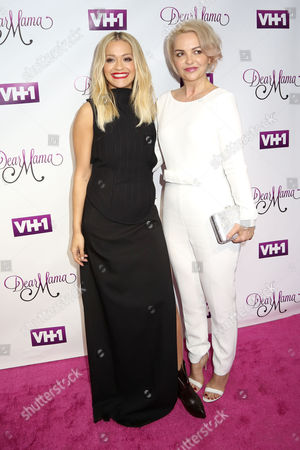 """Rita Ora, left, and her mother Vera Sahatciu attend VH1's """"Dear Mama"""" Mother's Day Special taping at St. Bartholomew's Church, in New York"""