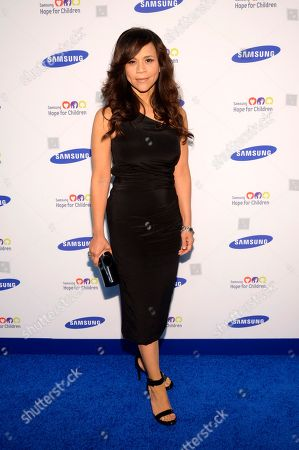 """Rosie Perez arrives at the Samsung Hope for Children Gala 2014 in New York. Perez and Republican media operative Nicolle Wallace are joining ABC's daytime chat show, """"The View,"""" for its new season, beginning Sept. 15"""