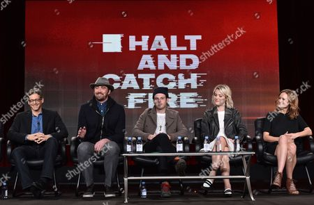 """Jonathan Lisco, showrunner/executive producer/writer, from left, Lee Pace, Scoot McNairy, Mackenzie Davis and Kerry Bishe, of """"Halt and Catch Fire"""", speak at AMC's winter TCA panel at the Langham Hotel, in Pasadena, Calif"""