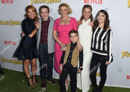 """From left, Candace Cameron-Bure, Michael Campion, Jodie Sweetin, Elias Harger, Andrea Barber and Soni Bringas attend the premiere of """"Fuller House"""" on in Los Angeles"""