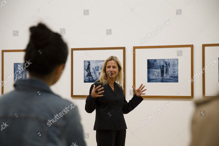 Curator Iwona Blazwick talking to visitors at Q&A with Thomas Ruff
