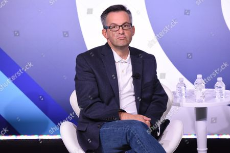 Andrew Wallenstein (Co-Editor-in-Chief, Variety.com)