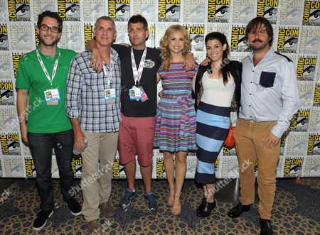 """From left, producers Eli Jorne, David Zuckerman, Reed Agnew and cast members, Fiona Gubelmann, Dorian Brown and Jason Gann attend the FX """"Wilfred"""" press room on Day 2 of Comic-Con International on in San Diego, Calif"""