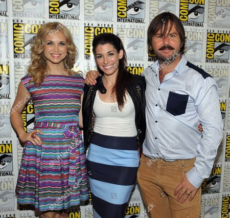 """From left, Fiona Gubelmann, Dorian Brown and Jason Gann attend the FX """"Wilfred"""" press room on Day 2 of Comic-Con International on in San Diego, Calif"""