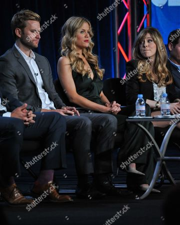 """From Left, Rick Donald, Brooklyn Decker, and Majandra Delfino participate in the """"Friends With Better Lives"""" panel discussion at the CBS Winter 2014 TCA Press Tour, Wed, in Pasadena, Calif"""