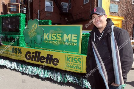 "Rob Mariano IMAGE DISTRIBUTED FOR GILLETTE - Boston's own ""Boston Rob"" Mariano declared ""Kiss Me, I'm Smooth Shaven!"" onboard the Gillette float at the St. Patrick's Day Parade in Boston, reminding guys to K.I.S.S. - Keep It Smooth Shaven, on . A recent study revealed that 85% of women prefer to kiss a man who's smooth shaven, and that two out of three women said men will have better luck with them if they are stubble-free"