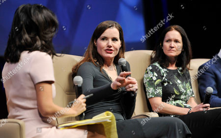"""Left to right, moderator Janice Min, actress Geena Davis and Regal Entertainment CEO Amy Miles take part in the """"Driving Financial Success: Women + Movies = Bigger Box Office"""" luncheon at CinemaCon 2013 at Caesars Palace on in Las Vegas"""