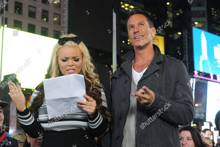 Speed reader Trisha Paytas and Dan Cortese at the truTV & GUINNESS WORLD RECORDS event celebrating the premiere of the Guinness World Records Unleashed series, in New York's Times Square