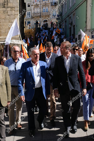 Social Democratic Party (PSD) leader, Pedro Passos Coelho (R), flanked by Coimbra townhall candidate Jaime Ramos (2L), during a political rally for the upcoming local elections to be held next 1st October, Coimbra, Portugal 27 September 2017.