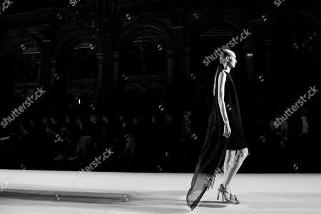 Mia Brammer on the catwalk