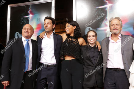 Laurence Mark, Producer, Diego Luna, Kiersey Clemons, Elliot Page and Michael Douglas, Producer,