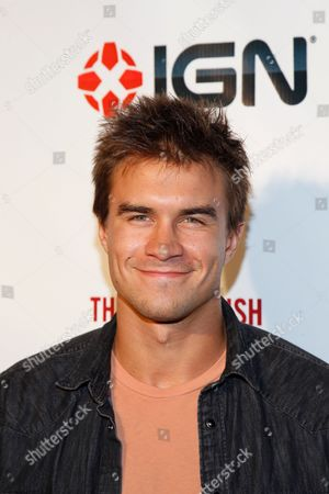 Rob Mayes arrives at the (RED)Rush Games on in Los Angeles