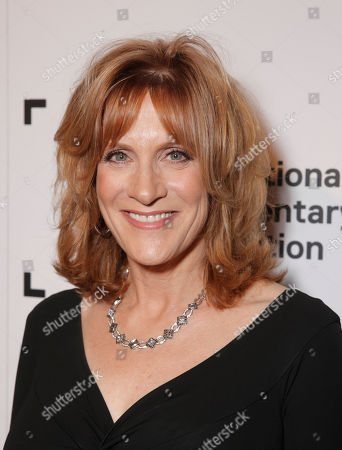 Carol Leifer attends the International Documentary Association's 2014 IDA Documentary Awards at Paramount Studios on in Los Angeles