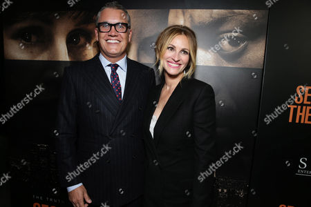 Stuart Ford, Founder & Chief Executive Officer of IM Global, and Julia Roberts seen at STX Entertainment's 'Secret In Their Eyes' Premiere at Hammer Museum, in Los Angeles, CA