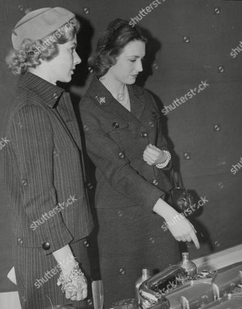 L-r: Louise Collins Actress Widow Of Racing Driver Peter Collins With Jean Howarth Girlfriend Of Racing Driver Mike Hawthorn. Box 738 314031715 A.jpg.