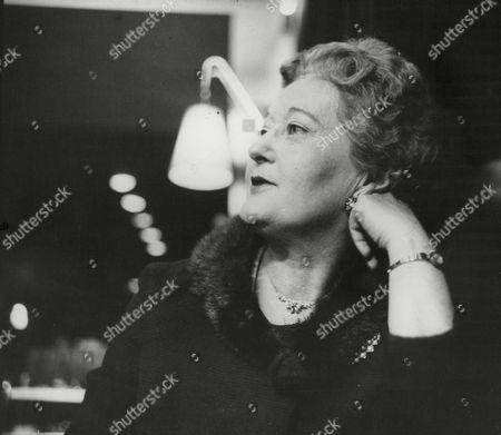 Lynne Carol Actress. Box 739 116031748 A.jpg.