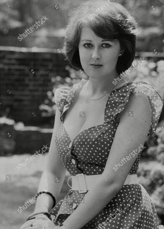 Actress Jane Carr. Box 739 616031717 A.jpg.