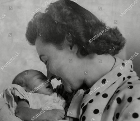 Stock Picture of Mrs Olive Carter Wife Of Tennis Player Roland Carter After The Birth Of Their Baby Daughter Pamela Jean. Box 740 917031715 A.jpg.