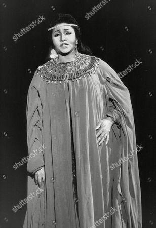 Grace Bumbry American Opera Singer In Aida At Earls Court. Box 734 124021738 A.jpg.