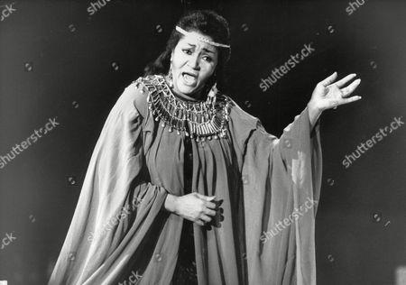 Grace Bumbry American Opera Singer In Aida At Earls Court. Box 734 12402176 A.jpg.